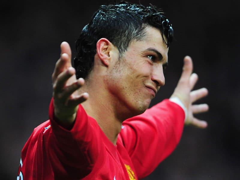 It's adieu Ronaldo as United accept bid