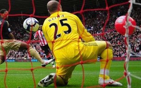 Scouse malaise deepens United's bonhomie