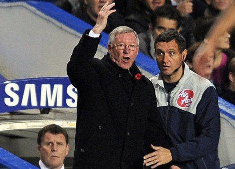 Ferguson and players attack referee Atkinson