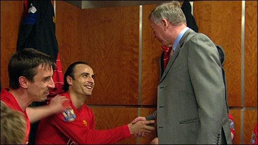 Alex Ferguson Gary Neville Dressing Room
