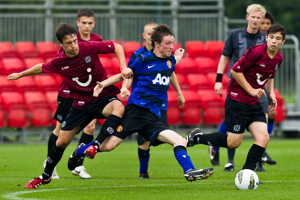 92a20a11d9f Manchester United Premier Cup 2011